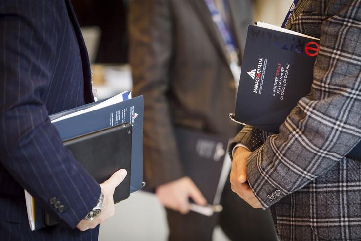 Rinnovato ccnl dirigenti terziario manageritalia for Ccnl terziario distribuzione e servizi